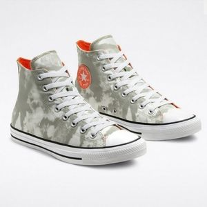 CONVERSE Back to Shore Chucks High Top M9.5 / W7.5